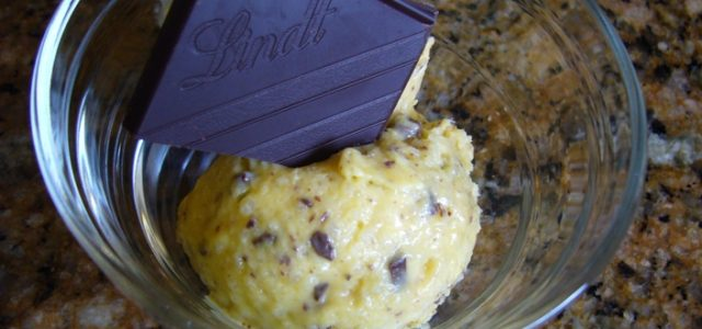 Gelat d'arròs amb taronja i xocolata