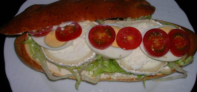Entrepà vegetal amb formatge