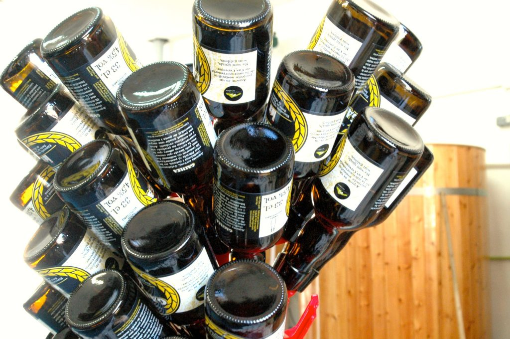 Les botelles de la Cervesa Galilea