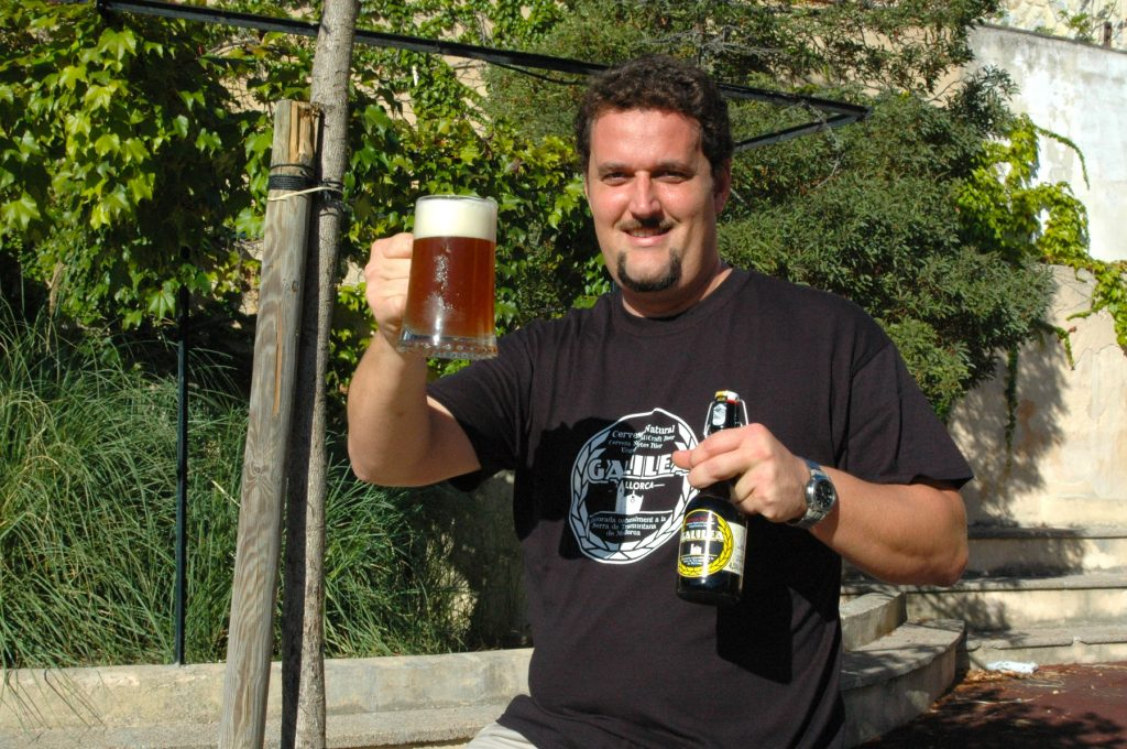 Un brindis per la bona cervesa