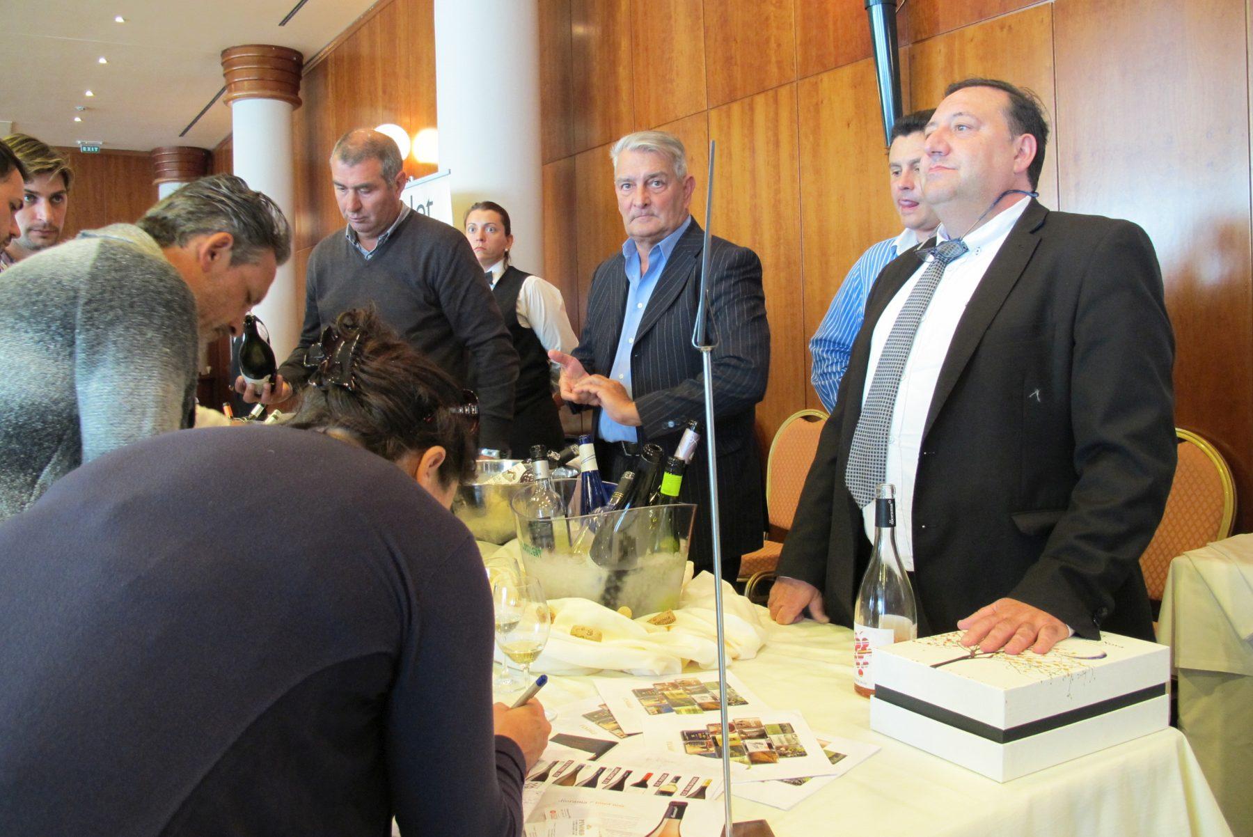 Creatast 2017 la gran gala dels vins del pened s a for Parato vinicola
